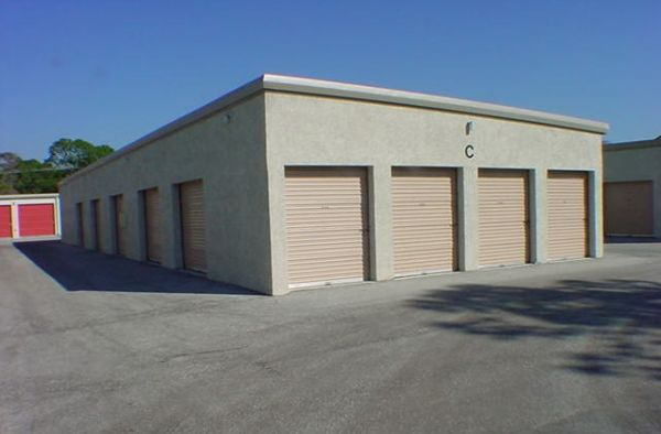 Fort Knox Self Storage - Labelle - 1025 Commerce Drive 1025 Commerce Drive Labelle, FL - Photo 2