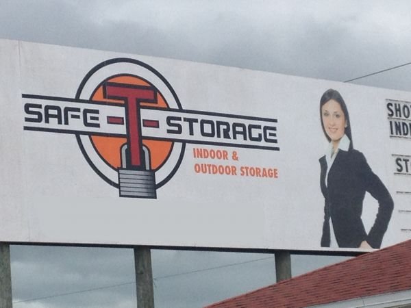 Safe-T-Storage 17501 Pine Ridge Road Fort Myers Beach, FL - Photo 0