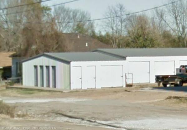 LOE'S STORAGE - De Kalb 413 Ne Front St De Kalb, TX - Photo 1