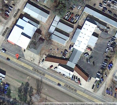 LOE'S STORAGE - De Kalb 413 Ne Front St De Kalb, TX - Photo 2