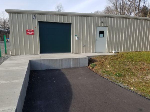 Winter's Storage - Cloverdale 8377 Sanderson Drive Roanoke, VA - Photo 5