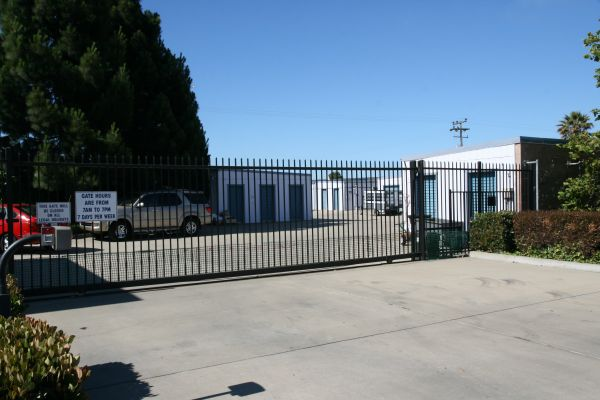 Off Broadway Mini Storage 1745 South Lincoln Street Santa Maria, CA - Photo 4