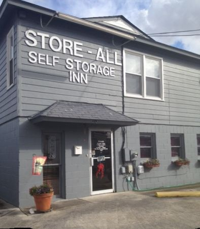 Store All Self Storage 212 Center St Jacksonville, NC - Photo 5