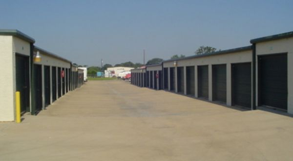 The Storage Place - Terrell 161 Business Cir Terrell, TX - Photo 3