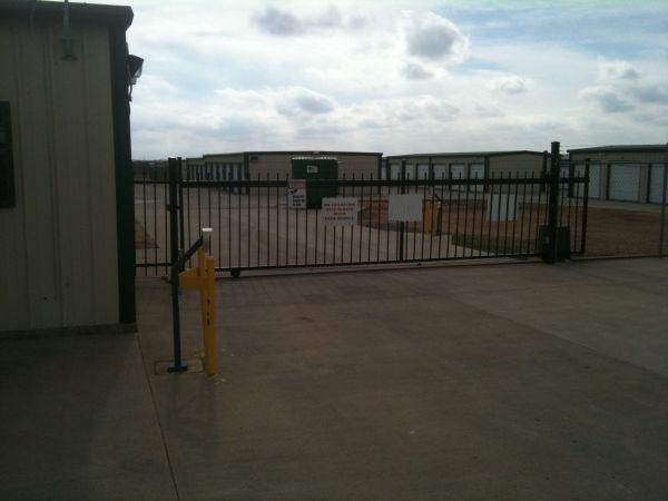 The Storage Place - Ferris 980 W FM 664  Ferris, TX - Photo 0
