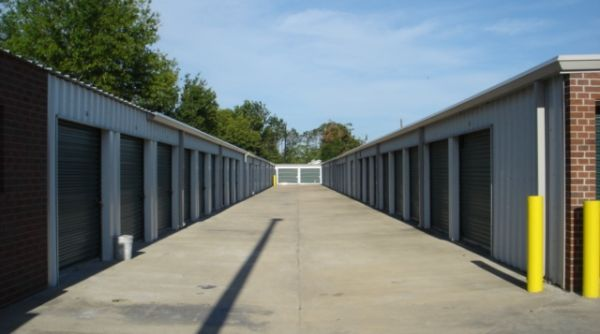 Affordable Storage - Brown St. 4401 Brown Street Lake Charles, LA - Photo 2