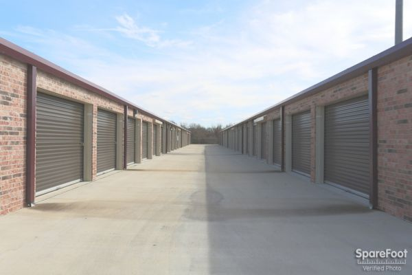 We Rent Storage 2672 Horse Haven Lane College Station, TX - Photo 12