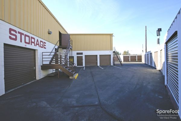 Extra Storage - Burbank 7670 N Hollywood Way Burbank, CA - Photo 6