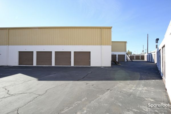 Extra Storage - Burbank 7670 N Hollywood Way Burbank, CA - Photo 8