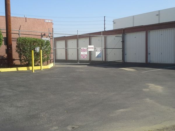 Extra Storage - Riverside Mini 2680 East La Cadena Drive Riverside, CA - Photo 1