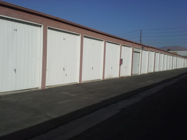 Extra Storage - Riverside Mini 2680 East La Cadena Drive Riverside, CA - Photo 2