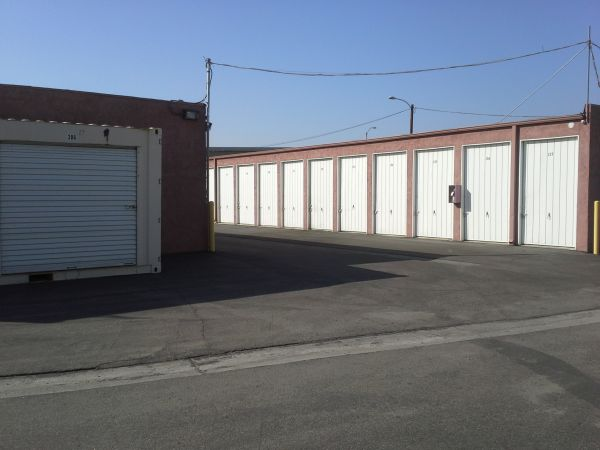 Extra Storage - Riverside Mini 2680 East La Cadena Drive Riverside, CA - Photo 3