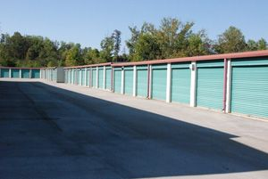 American Self Storage Center 3517 Central Park Boulevard Louisville, TN - Photo 2