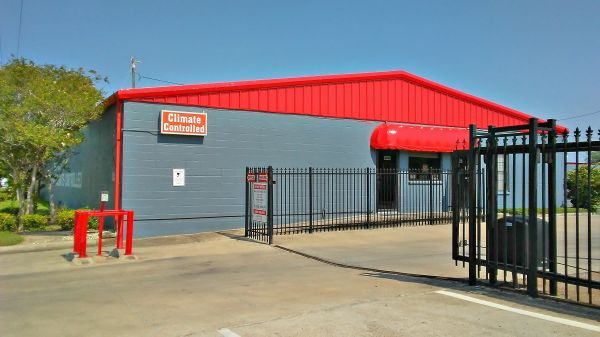 The Best Little Warehouse In Texas - San Benito 1 2520 West Business Highway 77 San Benito, TX - Photo 0