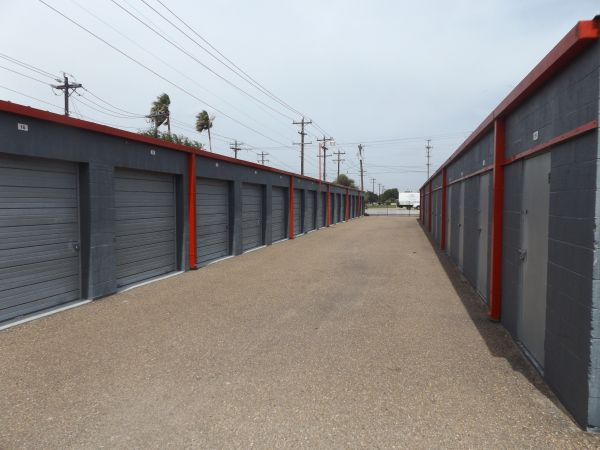 The Best Little Warehouse In Texas - Harlingen #1 102 N Palm Blvd Harlingen, TX - Photo 2