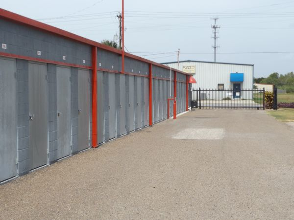 The Best Little Warehouse In Texas - Harlingen #1 102 N Palm Blvd Harlingen, TX - Photo 3