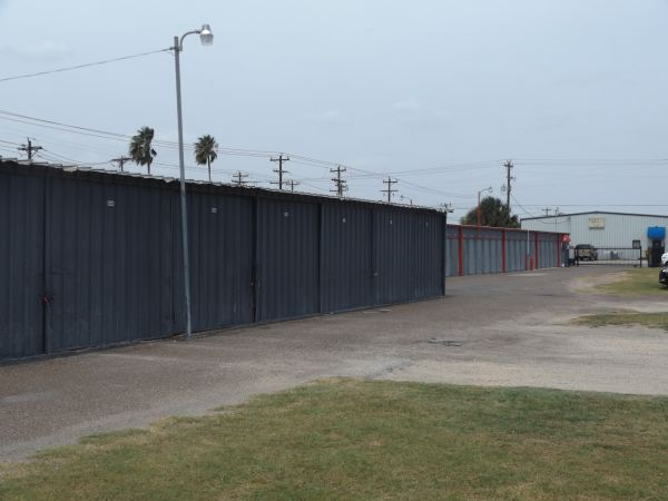 The Best Little Warehouse In Texas - Harlingen #1 102 N Palm Blvd Harlingen, TX - Photo 5