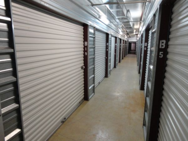 The Best Little Warehouse In Texas - Weslaco Office/Warehouse 502 East Expressway 83 Weslaco, TX - Photo 3