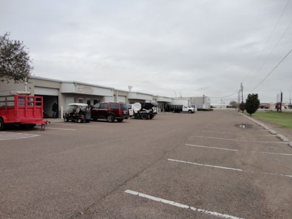 The Best Little Warehouse In Texas - Weslaco Office/Warehouse 502 East Expressway 83 Weslaco, TX - Photo 5