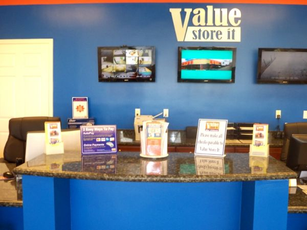 Value Store It - Fort Lauderdale 1124 West Sunrise Boulevard Fort Lauderdale, FL - Photo 7