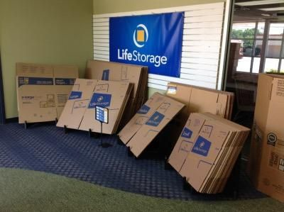 Life Storage - Deer Park - Grand Boulevard 715 Grand Boulevard Deer Park, NY - Photo 6