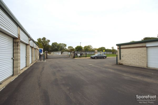 Stephen's Self-Storage Oakdale 5698 Hadley Avenue North Oakdale, MN - Photo 2