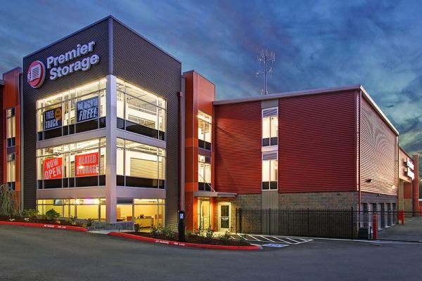 Premier Storage Everett: Lowest Rates - SelfStorage.com