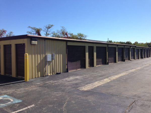 Associates Secure Self Storage 2790 Old Washington Road Waldorf, MD - Photo 2