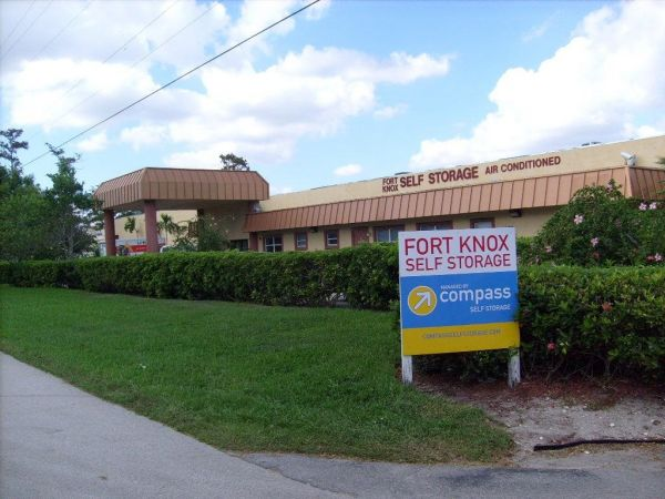 Photo of Fort Knox Self Storage - Pompano Beach - 3111 SW 14th Ct : storage unit fort lauderdale  - Aquiesqueretaro.Com