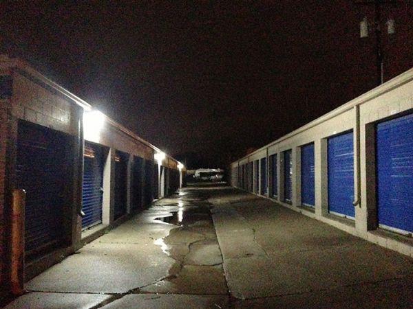 Macomb Self Storage 48535 Gratiot Avenue Chesterfield, MI - Photo 7