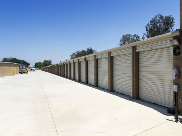 E Street Self Storage 1723 South E Street San Bernardino, CA - Photo 9