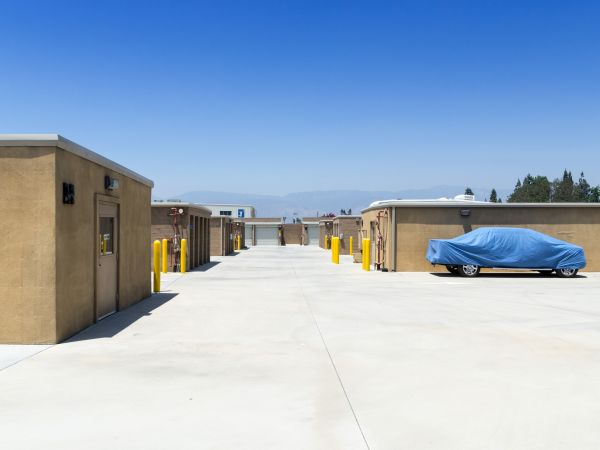 E Street Self Storage 1723 South E Street San Bernardino, CA - Photo 10