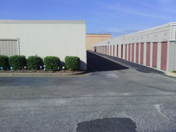 StorSafe Mini Storage 221 North Eastern Boulevard Montgomery, AL - Photo 2