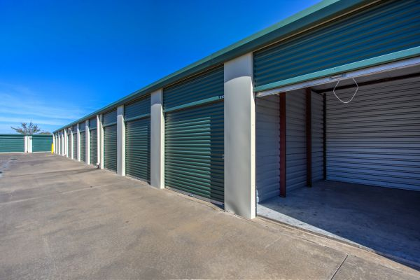 Devon Self Storage Wesley Lowest Rates Selfstorage Com