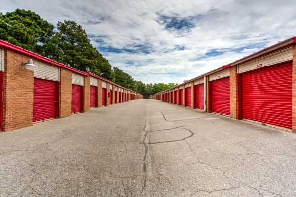 Devon Self Storage - Shelby 6140 East Shelby Drive Memphis, TN - Photo 5
