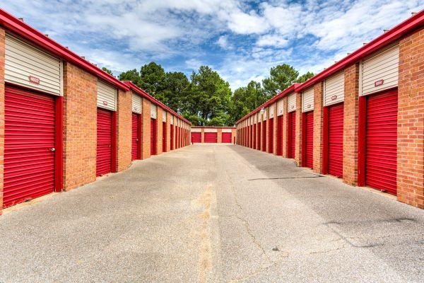 Devon Self Storage - Shelby 6140 East Shelby Drive Memphis, TN - Photo 5