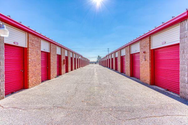 Devon Self Storage - Shelby 6140 East Shelby Drive Memphis, TN - Photo 12