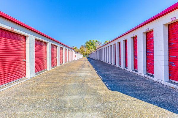Devon Self Storage - 6390 Winchester 6390 Winchester Road Memphis, TN - Photo 8