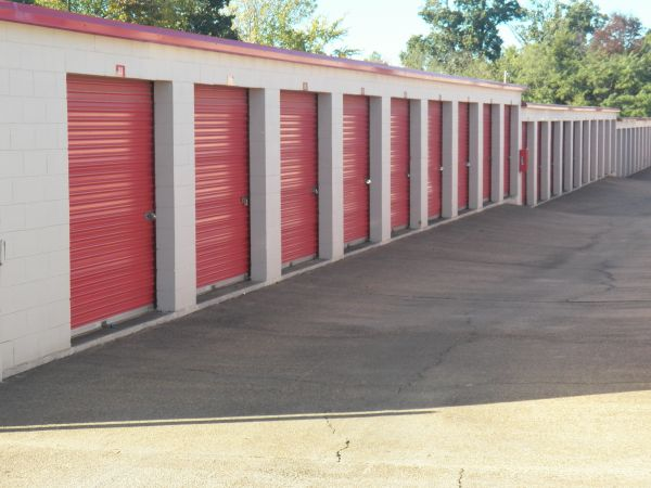 Devon Self Storage - 4705 Winchester 4705 Winchester Road Memphis, TN - Photo 1