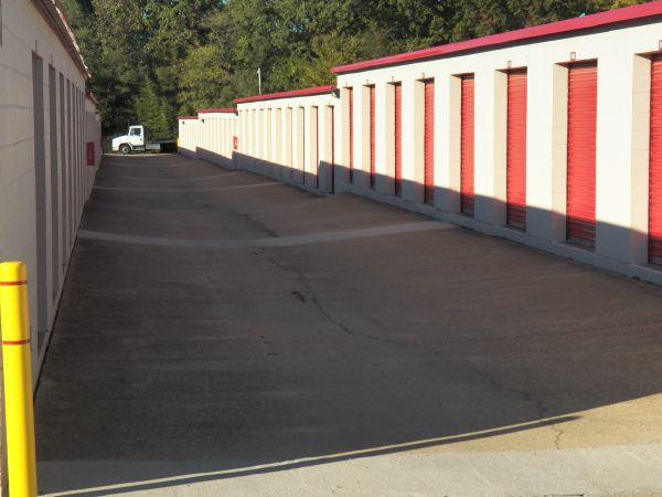 Devon Self Storage - 4705 Winchester 4705 Winchester Road Memphis, TN - Photo 7