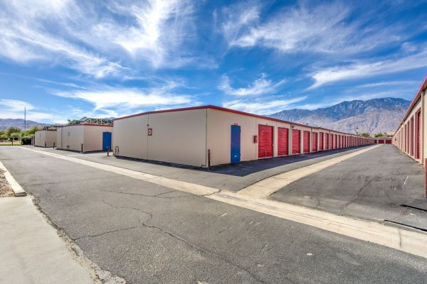 Devon Self Storage - Ramon 67650 Ramon Road Cathedral City, CA - Photo 5