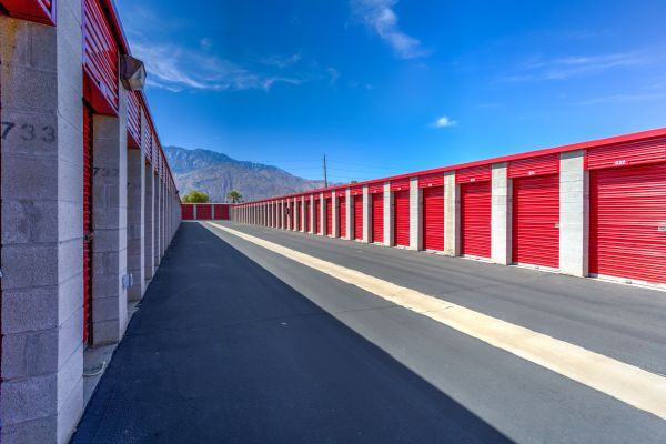 Devon Self Storage - Gene Autry 1400 South Gene Autry Trail Palm Springs, CA - Photo 4