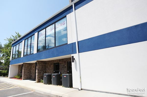 American Self Storage - Aberdeen/Cliffwood 268 Cliffwood Avenue Aberdeen Township, NJ - Photo 1