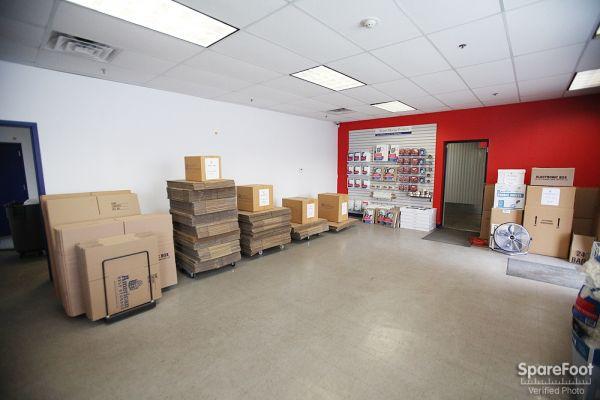 Amazing American Self Storage   Linden1051 Edward Street   Linden, NJ   Photo 12 ...