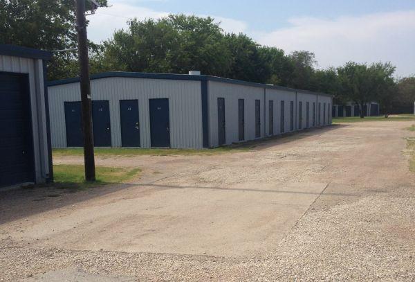 254-Storage 104 4300 Bellmead Drive Bellmead, TX - Photo 2