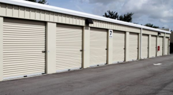 Purely Storage - Lancaster 44130 10th St W Lancaster, CA - Photo 1