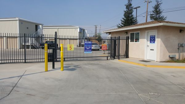 Purely Storage - Atwater 201 Gertrude Avenue Atwater, CA - Photo 2