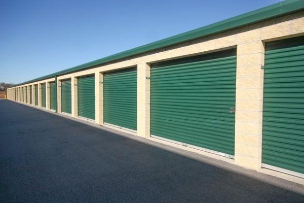 SecurCare Self Storage - Fayetteville - Bragg Boulevard 3800 Bragg Boulevard Fayetteville, NC - Photo 3