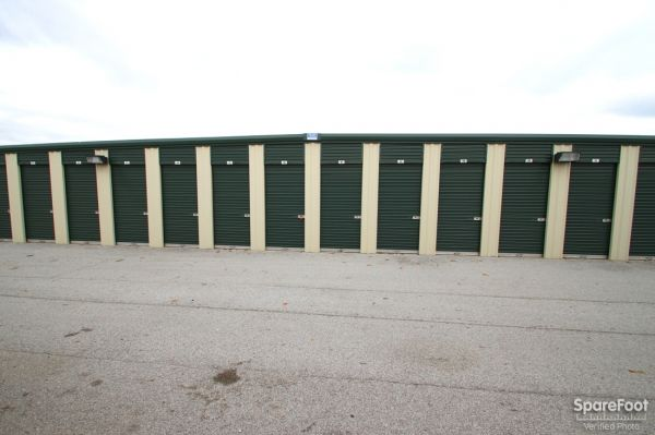 Global Self Storage - Dolton 14900 Woodlawn Avenue Dolton, IL - Photo 4