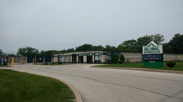 Global Self Storage - Dolton 14900 Woodlawn Avenue Dolton, IL - Photo 0